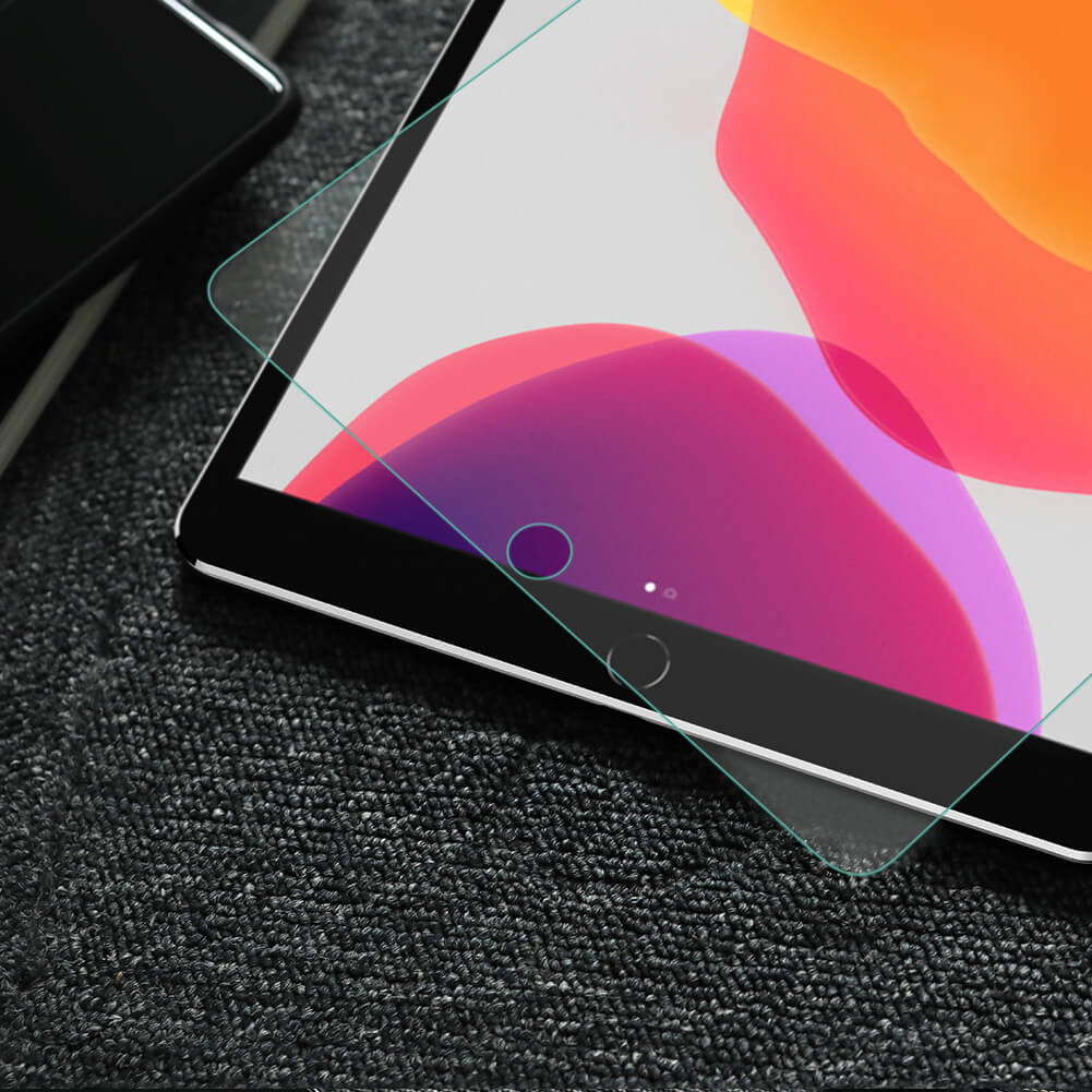 Japanese AGC glass material using HARVES nanotechnology, the Nillkin Amazing H+ tempered glass screen protector is the perfect combination of strength and smoothness.